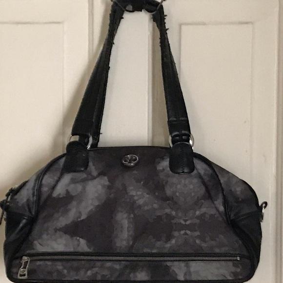 lululemon athletica Handbags - Lululemon Athletica gym bag